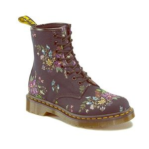Dr Martens Castel Boots LIKE NEW!